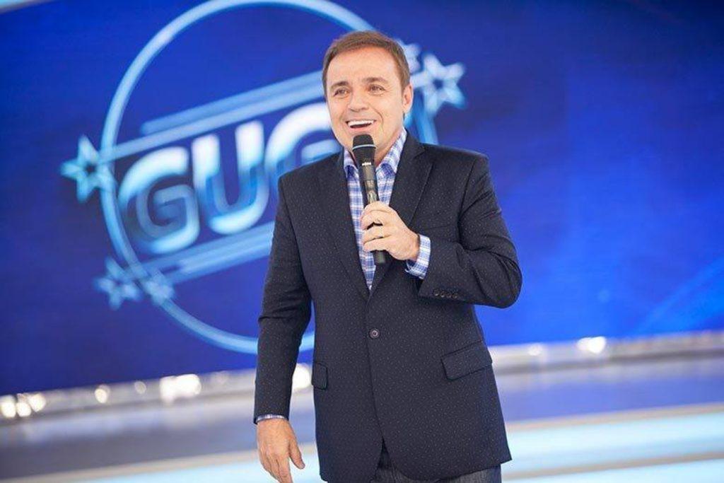 Apresentador Gugu Liberato morre após sofrer acidente doméstico