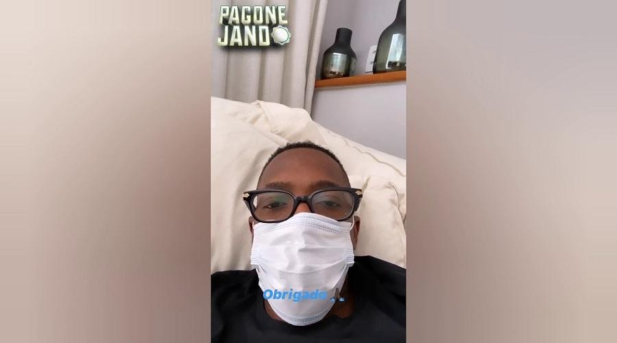 Mumuzinho deixa hospital e agradece aos fãs por orações